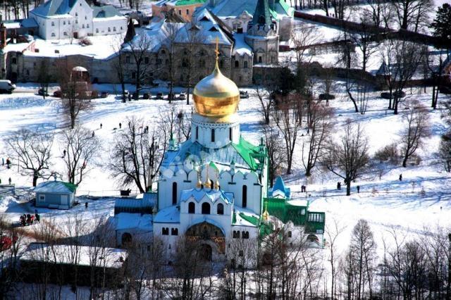 Храм в Пушкине с высоты полета на воздушном шаре от Авионики-ВЛ