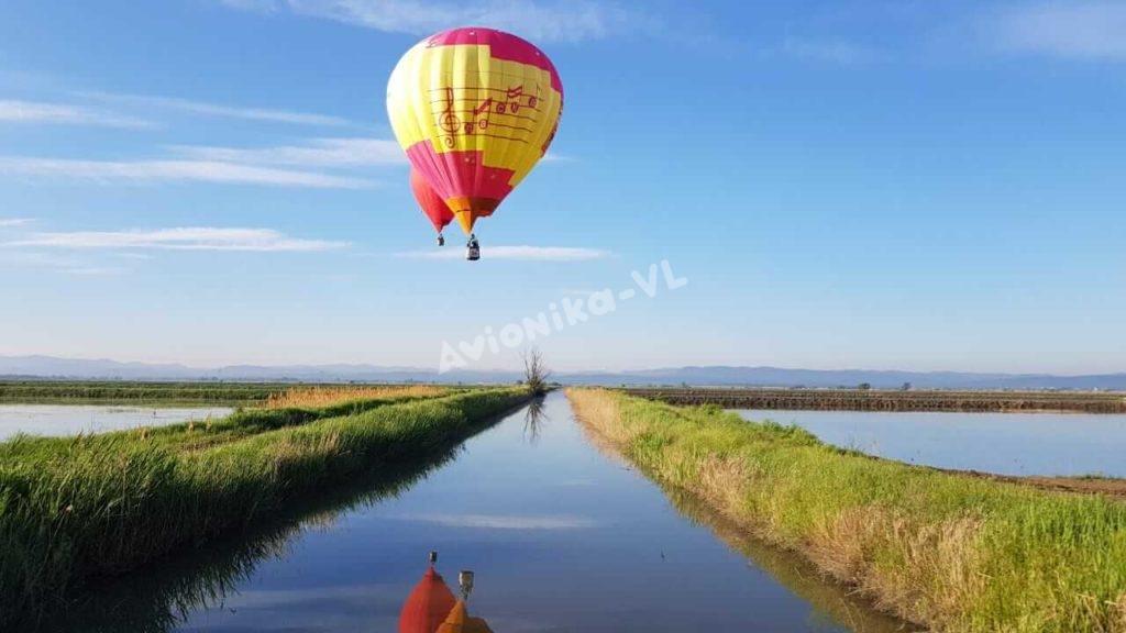 Полет на воздушном шаре над полями