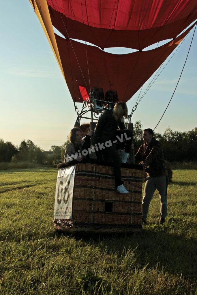 Вылезаем из корзины воздушного шара